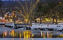 Christmas at the lake